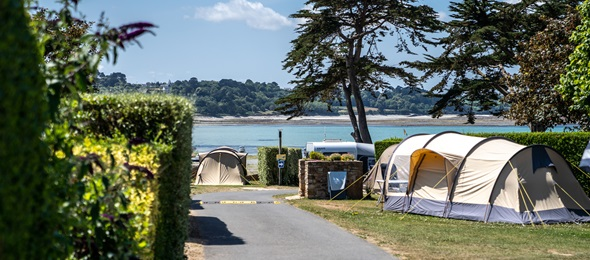 RCN Port l' Epine | Camping pitch with stunning sea views
