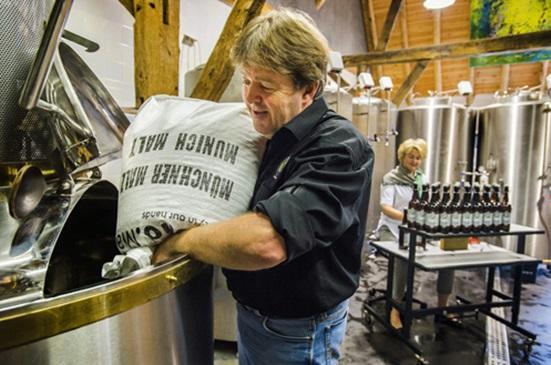 Goûter à la bière du Brabant