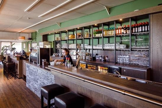 Nieuwe bar in het restaurant