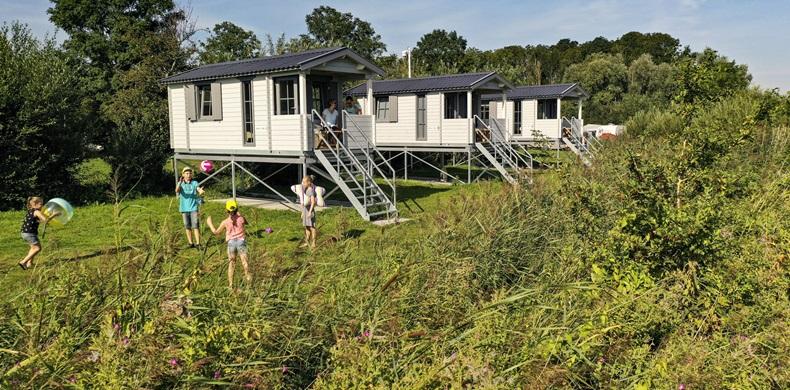 RCN-de-Potten-vakantiepark-aan-Sneekermeer-Kampeerchalet-Sneekermeer (2)