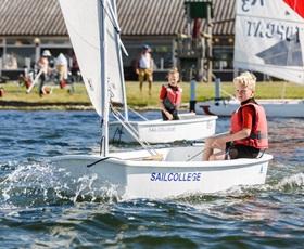 RCN-de-Schotsman-Veerse-Meer-Watersport-zeilen (6)