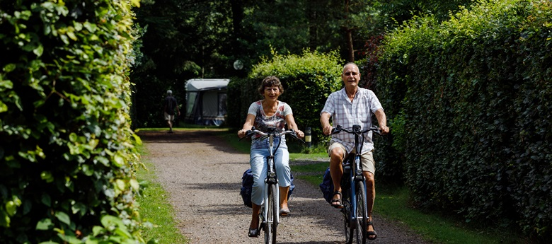 RCN-de-Jagerstee-fietsers-op-camping (2)