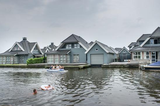 Bekijk het aanbod in Nederland