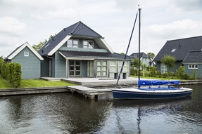 Goudplevier - Luxe 8 persoons villa whirlpool