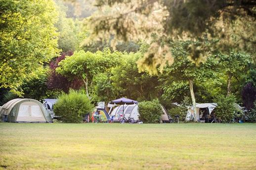 RCN-le-Moulin-de-la-Pique-kampeerplaatsen