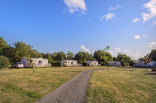 RCN-camping-la-Ferme-du-Latois-stacaravans