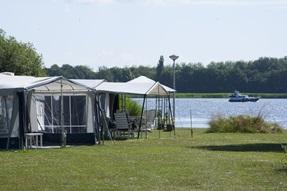 Comfort Buitendijkse kampeerplaats RCN Zeewolde