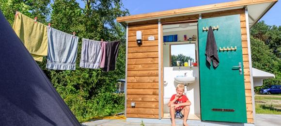RCN de Flaasbloem | Comfort kampeerplaats met prive sanitair