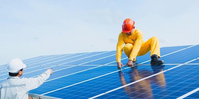 Flaasbloem goes solar