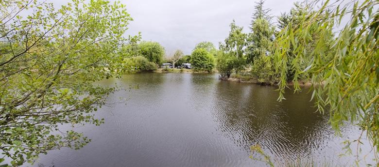 RCN-camping-la-Ferme-du-Latois-kampeerplaatsen (3)