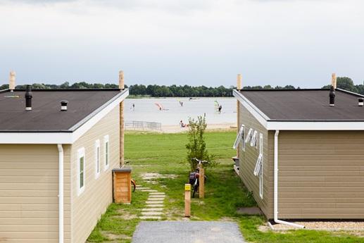RCN-Vakantiepark-Zeewolde-strandlodges-aan-het-Veluwemeer (3)