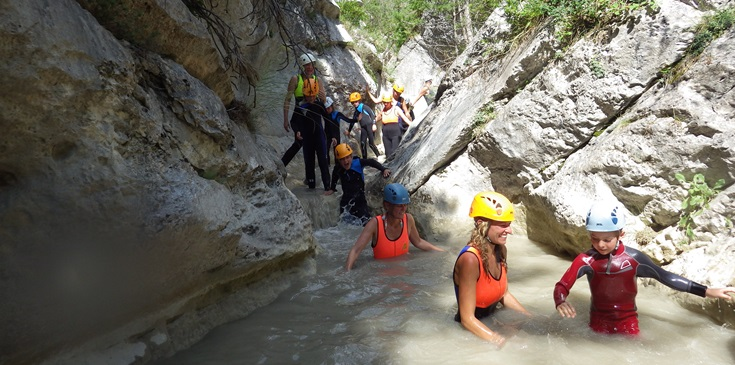 Challenging route along high gorges