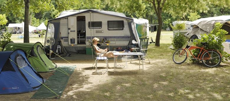 RCN-la Bastide en Ardeche-kamperen-kampeervelden (6)